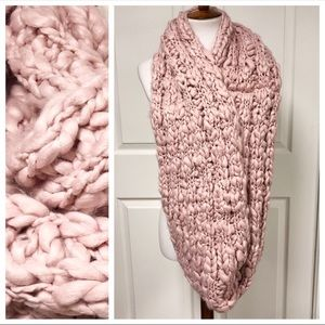 Free People Accessories - Free People Pink Dream Chunky Infinity Scarf